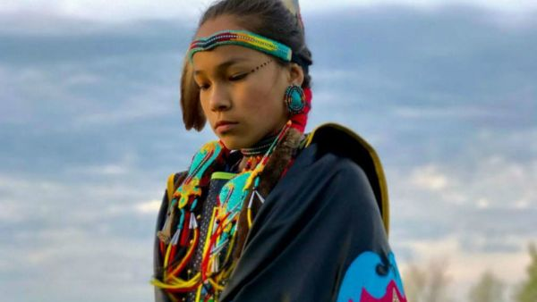 Image of youth activist Autumn Peltier