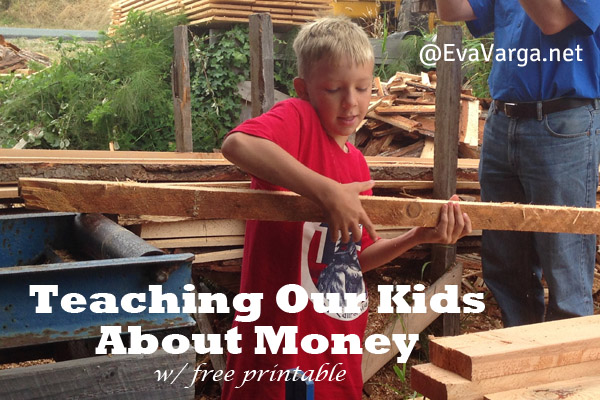 Teaching Our Kids About Money (free printable) @EvaVarga.net