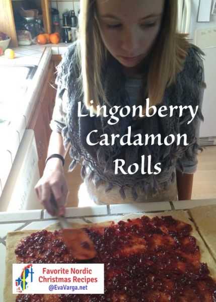 5 Favorite Christmas Recipes: Lingonberry Cardamon Rolls @EvaVarga.net